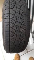 Pneus 265/65/17 Pirelli Scorpions