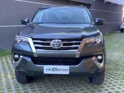 Toyota Hilux SW4 SRX 7 Lugares 2019