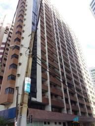 Apartamento com 2 dormitórios para alugar, 60 m² por R$ 1.989,00/mês Meireles