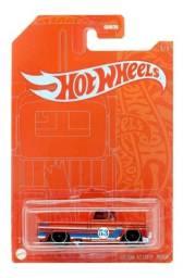Título do anúncio: Hot Wheels chevy custom 62