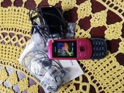 Celular Nokia 2220.