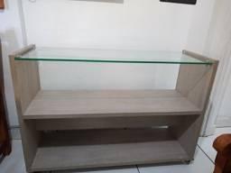 Rack aparador com rodinhas e tampo de vidro
