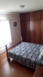Apartamento cobertura, 4 quartos, dois andares.