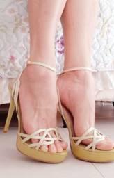 Sandália verde clara