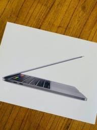 MacBook Pro touch bar 13 pol. 2020