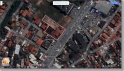 Terreno comercial e ou residencial bem localizado na Dorival Caymmi