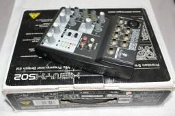 Mesa De Som Behringer Xenyx Q502 Mixer
