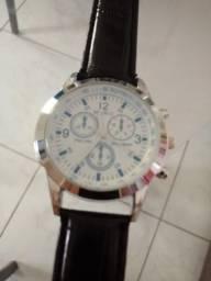 Relógio Analógico Branco