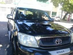 Hillux SRV 4X4 DIESEL COMUM
