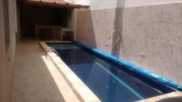 Linda Casa na Gruta com piscina 4 quartos