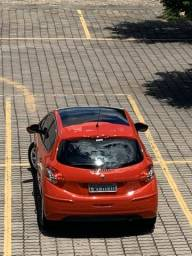 Peugeot 208 Allure 1.5 - 2014