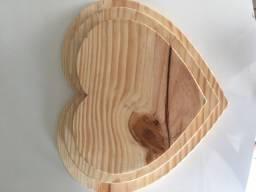Tábua de coração de madeira