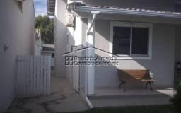 Casa em condominio, 3 qts, cozinha planejada, área gourmet, piscina, garagem