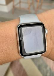 Apple Watch Series 3 Arranhadinho e Trincadinho
