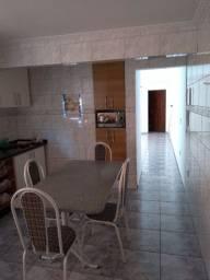 Casa com duas moradia valor 380mil O.B.S aceito apartamento na troca 50% do valor