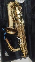 Saxofone Eagle SA 501
