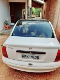 Carros classic sedan 2003