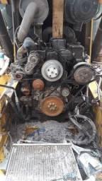 Procuro mecânico de caminhão e máquinas pesadas para trabalhar