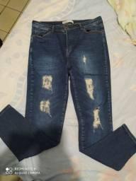 Calça jeans Tam 44 com Lycra leia a descrição