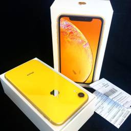 IPhone XR amarelo 64gb impecável (c\ nota fiscal)