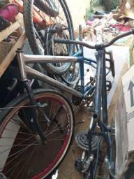Quadros e peças de bicicleta