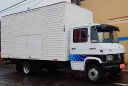 Caminhão Mb 608