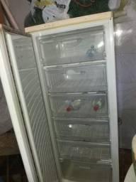 Freezer *troco por cama de casal com colchão