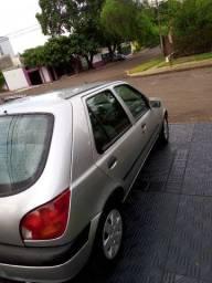 Fiesta 2001 lacrado