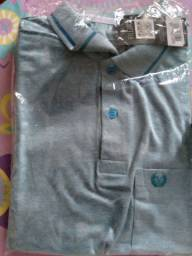Calça tradicional masculina 50,00 e Blusa polo 40