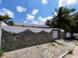 R. 2119 - Casa no Bairro dos Estados 03 Quartos Sendo 01 Suíte + DCE