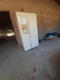 Vendo essa geladeira duas portas