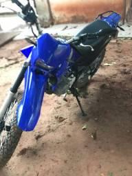 XTZ 125 azul (Pedal)