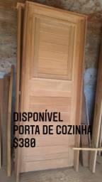 Vendo Porta de Angico