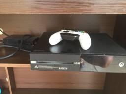Vendo Xbox one 500gb funcionando tudo