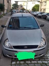 Carro Ford
