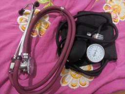 Esfigmomanômetro e estetoscópio incoterm, 1 ano de uso