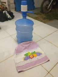 Kit galao água 20L , bomba e capa