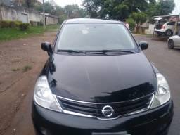Vende se carro Nissan Ti Ida 1.8 flex automático.