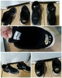 Título do anúncio: Tênis Nike Air Max original p/180R$ par
