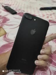 Vende de se iPhone 7plus 32 gigas sem marcas de uso