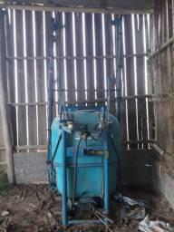 Pulverizador 600 litros