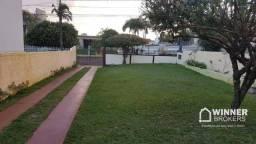 Casa com 3 dormitórios à venda, 500 m² por R$ 450.000,00 - Centro - Campo Mourão/PR