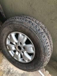 Vendo aro 16 com pneu