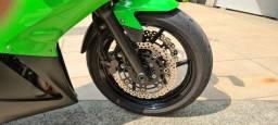 Título do anúncio: Kawasaki ninja 650R.