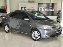 Etios Sedan XLS 1.5 Completo 2013