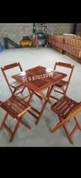 Mesa com cadeiras de  madeira ipê suporta sol e chuva | Da fábrica