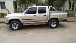 Toyota Hilux 2004/5 4x4 3.0 diesel (LEIA O ANÚNCIO)