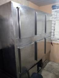 Geladeira inox industrial