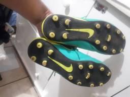 Chuteira de campo original Nike  n° 38