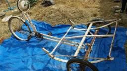 Triciclo R $ 500 parcelado no cartão